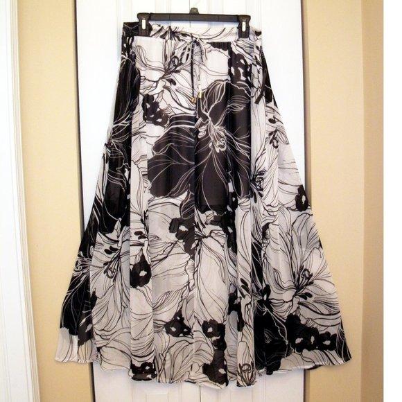 Worthington Black & White Floral Maxi Skirt, PXL